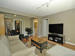 Photo 17: 2 2654 Lancelot Pl in SAANICHTON: CS Turgoose Row/Townhouse for sale (Central Saanich)  : MLS®# 615581
