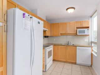 "Photo 9: 900 1570 W 7TH Avenue in Vancouver: Fairview VW Condo for sale in ""Terraces on 7th"" (Vancouver West)  : MLS®# R2532218"