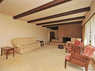 Photo 5: 1020 Laburnum Road in VICTORIA: SW Marigold Residential for sale (Saanich West)  : MLS®# 309496