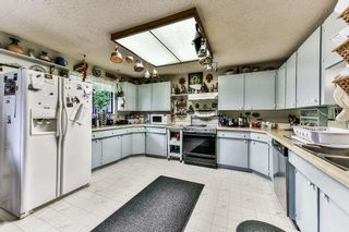 Photo 3: 15527 17A Avenue in Surrey: King George Corridor House for sale (South Surrey White Rock)  : MLS®# R2174173