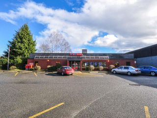 Photo 2: 250 E Island Hwy in PARKSVILLE: PQ Parksville Mixed Use for sale (Parksville/Qualicum)  : MLS®# 722524