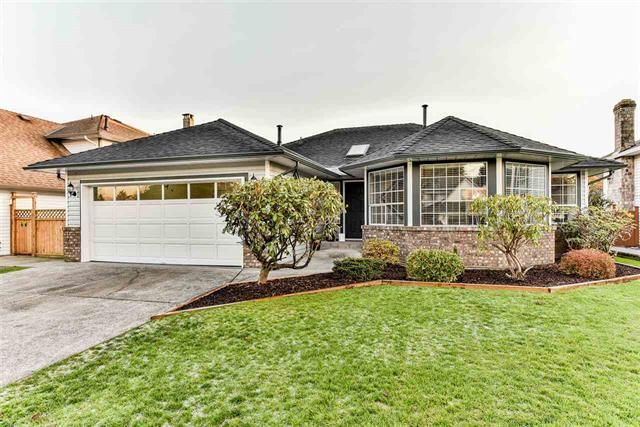 Main Photo: 15490 91 a ave in Surrey: Home for sale