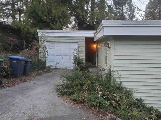 """Photo 2: 19 MOUNT ROYAL Drive in Port Moody: College Park PM House for sale in """"GLENAYRE/COLLEGE PARK"""" : MLS®# R2444730"""