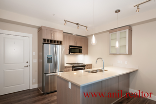 """Photo 13: 302 22327 RIVER Road in Maple Ridge: West Central Condo for sale in """"REFLECTIONS ON THE RIVER"""" : MLS®# R2400929"""