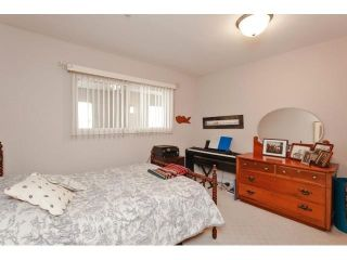 Photo 14: # 402 1725 128TH ST in Surrey: Crescent Bch Ocean Pk. Condo for sale (South Surrey White Rock)  : MLS®# F1441077