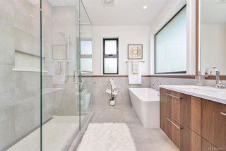 Photo 7: 2373 Zela St in Oak Bay: OB South Oak Bay House for sale : MLS®# 844110