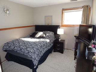 Photo 15: 324 Columbia Drive in Winnipeg: House for sale : MLS®# 1803379