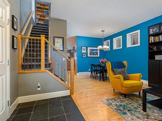 Photo 4: 1526 19 Avenue NW in Calgary: Capitol Hill Detached for sale : MLS®# A1031732