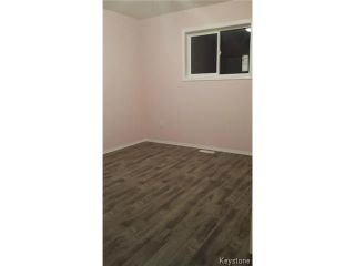 Photo 15: 349 ROSEBERRY Street in WINNIPEG: St James Residential for sale (West Winnipeg)  : MLS®# 1322822