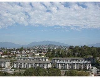 """Photo 7: 2302 2289 YUKON Crescent in Burnaby: Brentwood Park Condo for sale in """"WATERCOLOURS"""" (Burnaby North)  : MLS®# V1088877"""