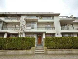 "Photo 10: 6018 CHANCELLOR Mews in Vancouver: University VW Townhouse for sale in ""Chancellor House"" (Vancouver West)  : MLS®# R2570483"