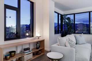 """Photo 13: PH805 210 E 5TH Avenue in Vancouver: Mount Pleasant VE Condo for sale in """"ELENORE ON FIFTH"""" (Vancouver East)  : MLS®# R2609778"""