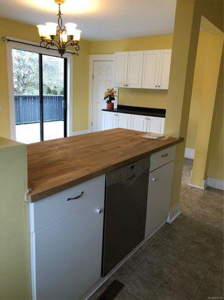Photo 5: 486 Fraser St in : Es Saxe Point House for sale (Esquimalt)  : MLS®# 870128