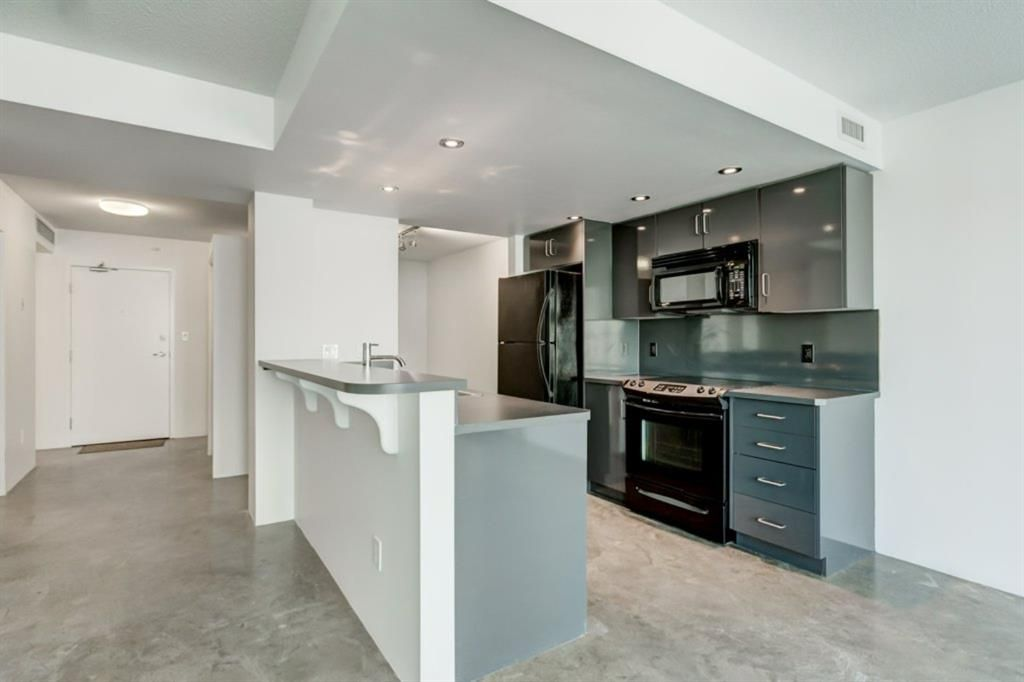 Photo 5: Photos: 310 188 15 Avenue SW in Calgary: Beltline Apartment for sale : MLS®# A1129695