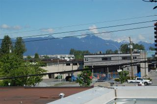 Photo 10: 305 22347 LOUGHEED Highway in Maple Ridge: West Central Condo for sale : MLS®# R2062824