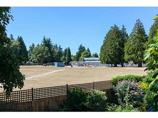 """Photo 4: 4940 5TH Avenue in Tsawwassen: Pebble Hill House for sale in """"PEBBLE HILL"""" : MLS®# V1138682"""