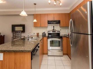 "Photo 6: 209 17769 57 Avenue in Surrey: Cloverdale BC Condo for sale in ""Cloverdown Estates"" (Cloverdale)  : MLS®# F1443401"