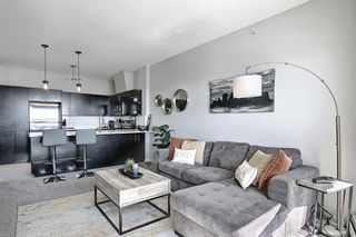 Photo 13: 302 69 Springborough Court SW in Calgary: Springbank Hill Apartment for sale : MLS®# A1085302