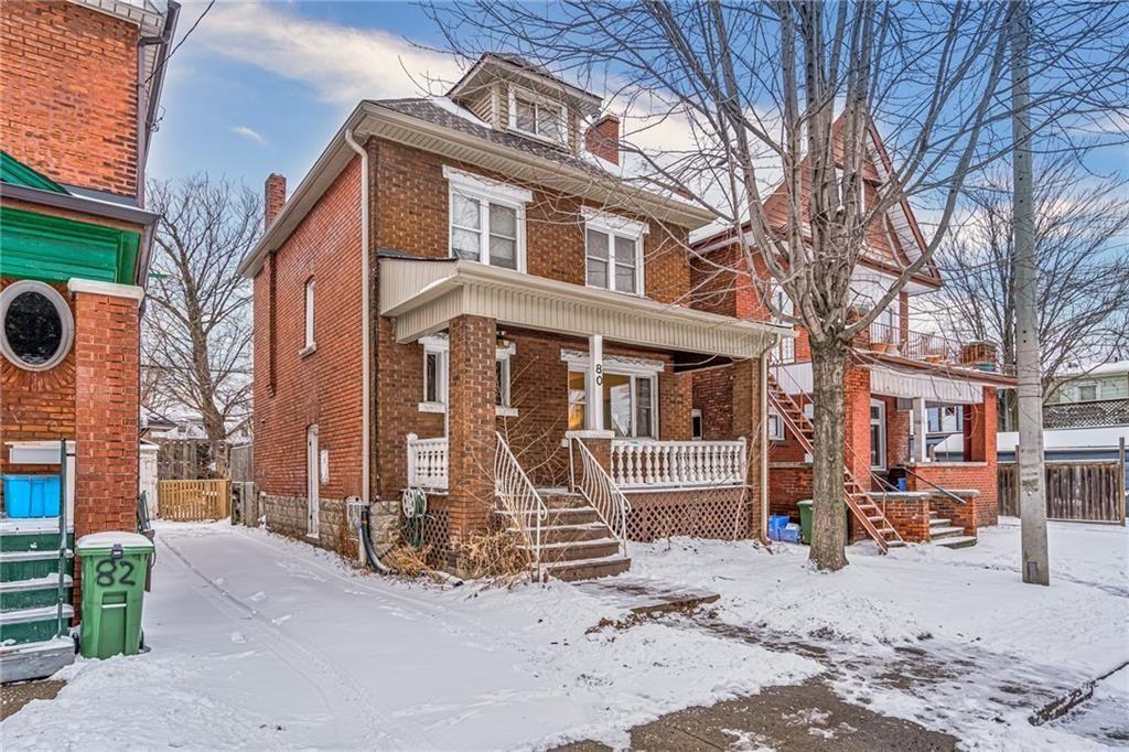 Main Photo: 80 Myrtle Avenue in Hamilton: House for sale : MLS®# H4074264