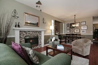 """Photo 7: 18519 64A Avenue in Surrey: Cloverdale BC House for sale in """"CLOVER VALLEY STATION"""" (Cloverdale)  : MLS®# R2026512"""
