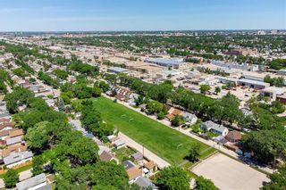 Photo 32: 787 Ashburn Street in Winnipeg: West End Residential for sale (5C)  : MLS®# 202114979