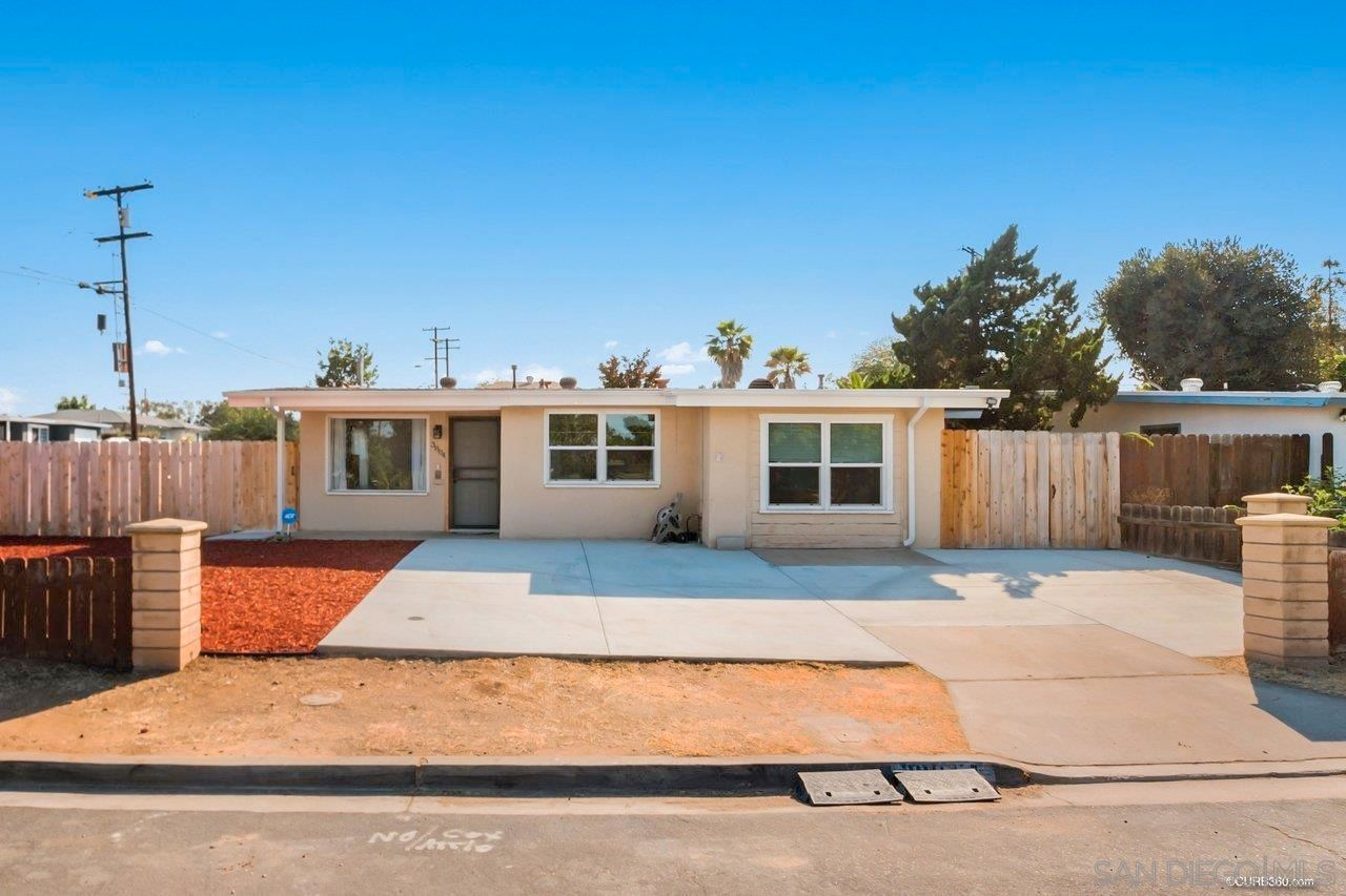 Main Photo: COLLEGE GROVE House for sale : 4 bedrooms : 3804 Jodi St in San Diego