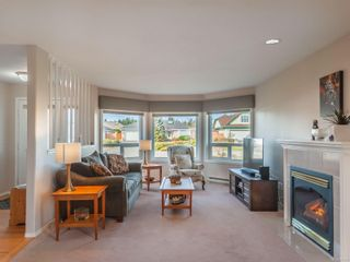 Photo 4: 753 Chartwell Blvd in : PQ Qualicum Beach House for sale (Parksville/Qualicum)  : MLS®# 871124