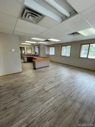 Photo 3: 1405 Spruce St in : CR Campbellton Office for sale (Campbell River)  : MLS®# 875904