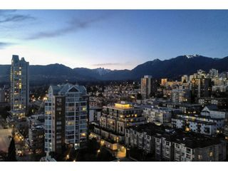 """Photo 17: 1904 145 ST. GEORGES Avenue in North Vancouver: Lower Lonsdale Condo for sale in """"TALISMAN TOWERS"""" : MLS®# R2260012"""