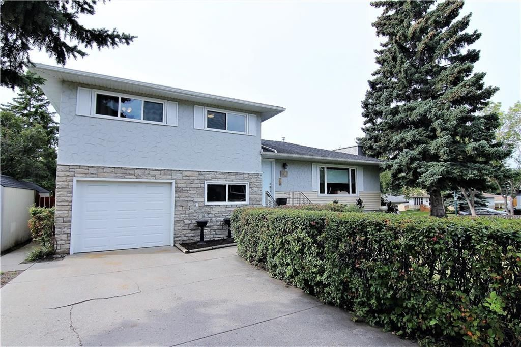 Main Photo: 47 Canyon Drive NW in Calgary: Collingwood Detached for sale : MLS®# A1095882