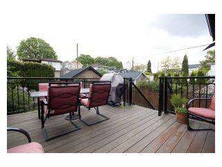 """Photo 6: 2356 CHARLES Street in Vancouver: Grandview VE House for sale in """"COMMERCIAL DRIVE"""" (Vancouver East)  : MLS®# V826451"""