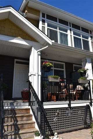 """Main Photo: 52 11461 236 Street in Maple Ridge: Cottonwood MR Townhouse for sale in """"Two Birds"""" : MLS®# R2567302"""