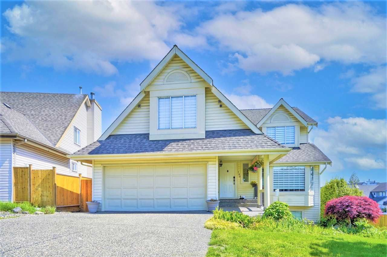Main Photo: 190 SAN JUAN Place in Coquitlam: Cape Horn House for sale : MLS®# R2586133