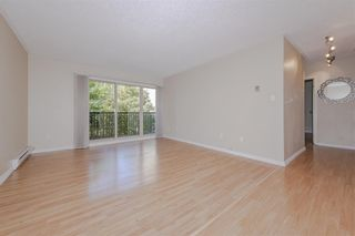 """Photo 4: 506 9867 MANCHESTER Drive in Burnaby: Cariboo Condo for sale in """"BARCLAY WOODS"""" (Burnaby North)  : MLS®# R2594808"""