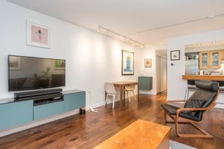 "Photo 4: 3548 POINT GREY Road in Vancouver: Kitsilano Townhouse for sale in ""MARINA PLACE"" (Vancouver West)  : MLS®# R2576104"