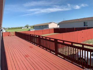 Photo 2: 90 Foord Crescent in Macoun: Residential for sale : MLS®# SK838264
