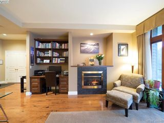 Photo 4: 104 2326 Harbour Rd in SIDNEY: Si Sidney North-East Condo for sale (Sidney)  : MLS®# 777148