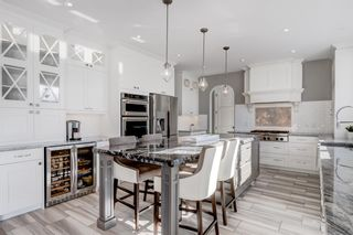 Photo 6: 25 Windermere Road SW in Calgary: Wildwood Detached for sale : MLS®# A1073036