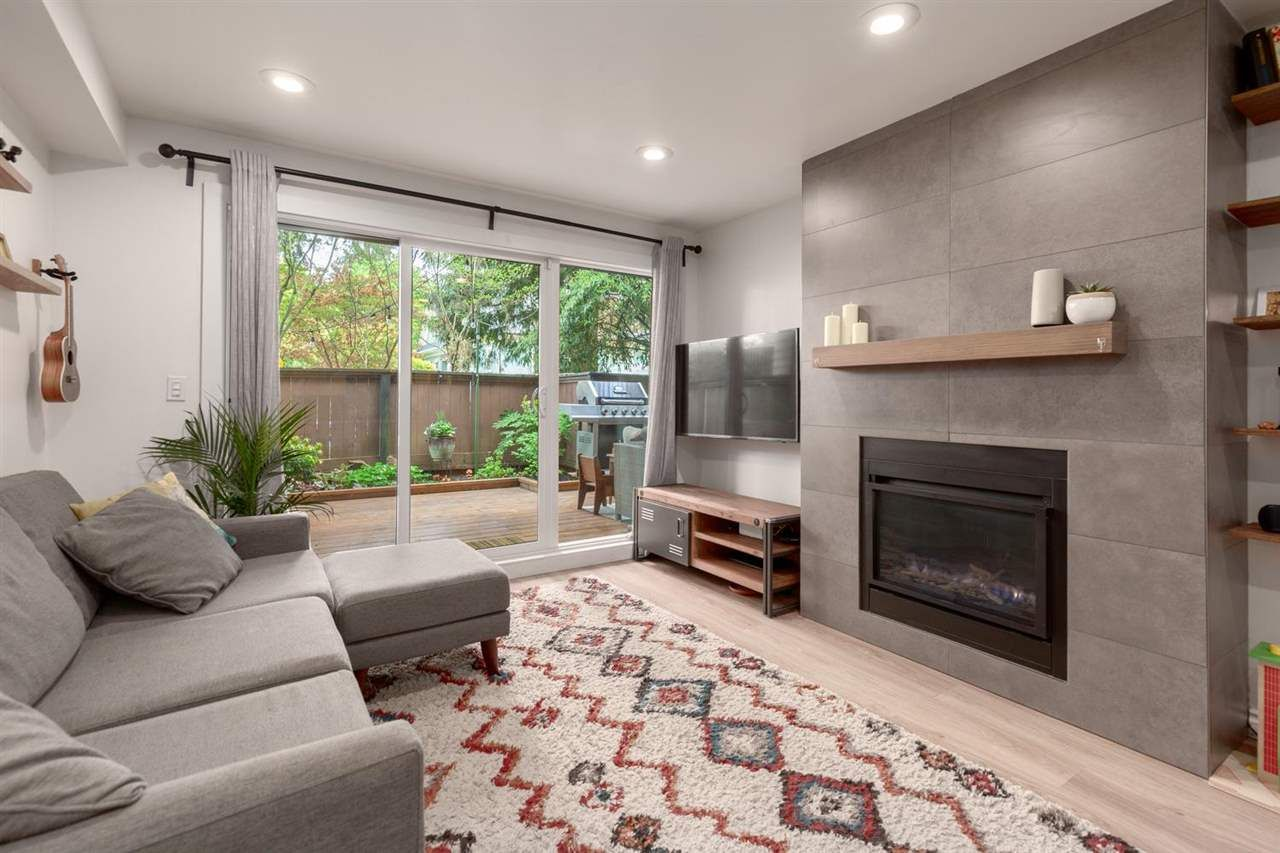 """Main Photo: 103 1484 CHARLES Street in Vancouver: Grandview Woodland Condo for sale in """"LANDMARK ARMS"""" (Vancouver East)  : MLS®# R2575093"""