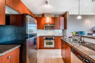 """Photo 9: 1903 11 E ROYAL Avenue in New Westminster: Fraserview NW Condo for sale in """"""""THE RESIDENCES OF VICTORIA HILL"""""""" : MLS®# R2354217"""