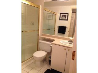 Photo 2: 203 1119 VIDAL Street: White Rock Home for sale ()  : MLS®# F1431415