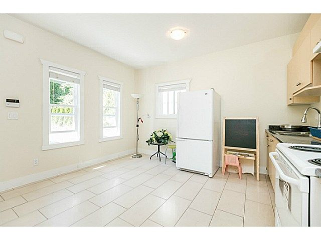 Photo 18: Photos: 7979 MCGREGOR Avenue in Burnaby: South Slope 1/2 Duplex for sale (Burnaby South)  : MLS®# V1137815