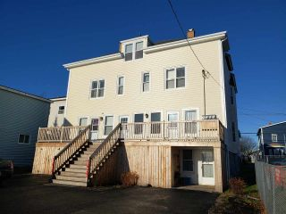 Photo 2: 121-123 Pierce Street in North Sydney: 205-North Sydney Multi-Family for sale (Cape Breton)  : MLS®# 202024949