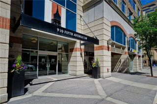 Photo 3: 1808 910 5 Avenue SW in Calgary: Downtown Commercial Core Apartment for sale : MLS®# C4302434