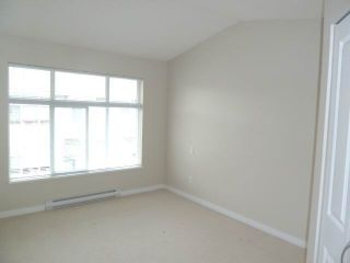 """Photo 9: 111 7179 201ST Street in Langley: Willoughby Heights Townhouse for sale in """"DENIM"""" : MLS®# F1447236"""