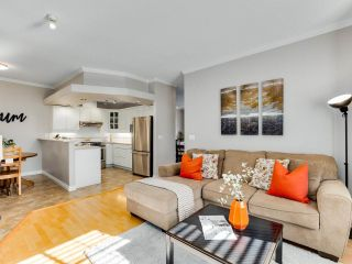 """Photo 10: 7 2979 PANORAMA Drive in Coquitlam: Westwood Plateau Townhouse for sale in """"DEERCREST"""" : MLS®# R2543094"""