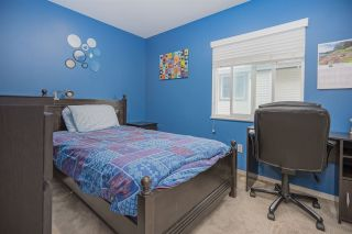 Photo 14: 6575 185 STREET in Surrey: Cloverdale BC House for sale (Cloverdale)  : MLS®# R2453047