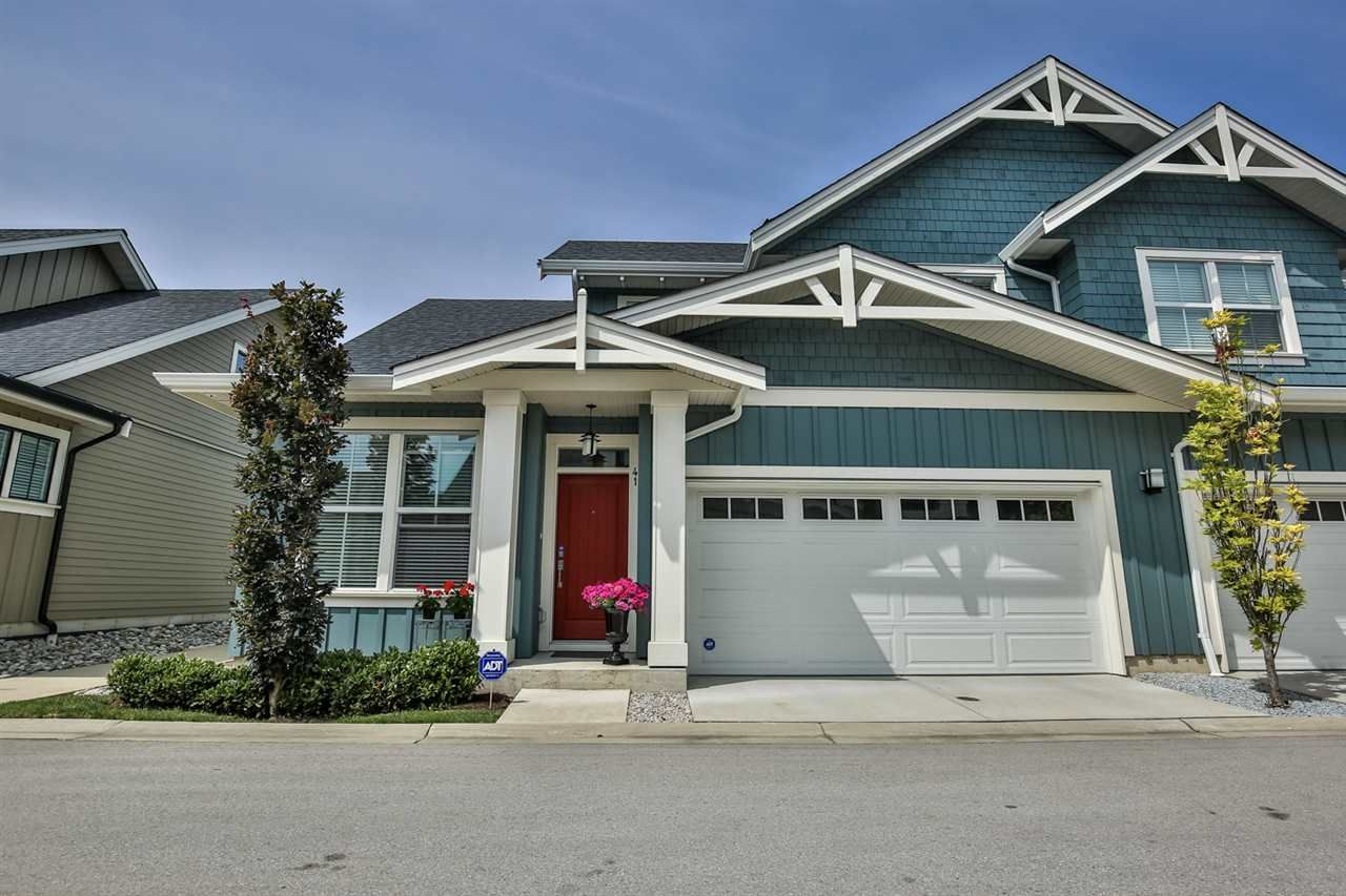 """Main Photo: 41 22057 49 Avenue in Langley: Murrayville Townhouse for sale in """"HERITAGE"""" : MLS®# R2493001"""