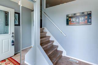 Photo 2: 3613 44 Avenue in Edmonton: Zone 29 House for sale : MLS®# E4246393