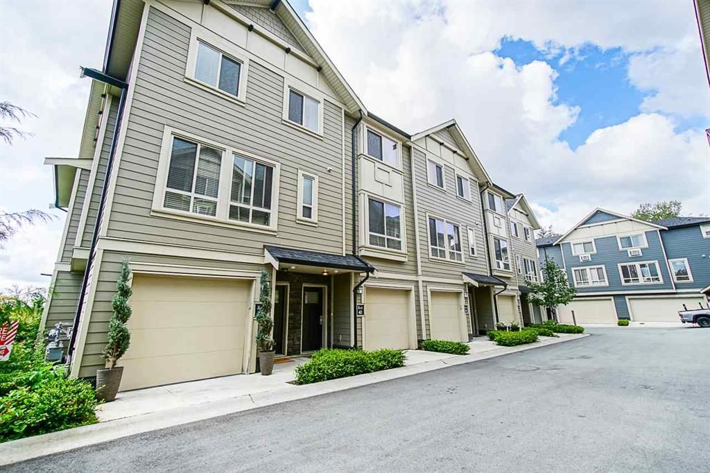 Main Photo: 40 19913 70 Avenue in Langley: Willoughby Heights Townhouse for sale : MLS®# R2421609